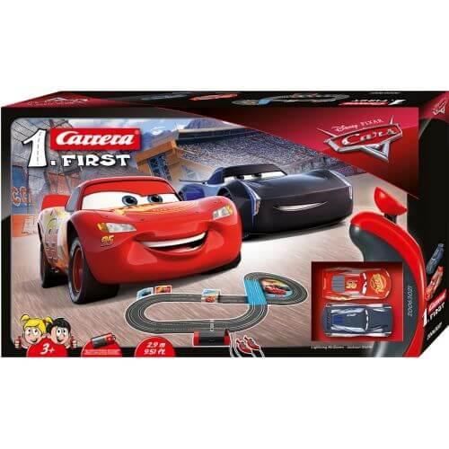 circuit voiture 3 ans carrera first 63021 disney pixar. Black Bedroom Furniture Sets. Home Design Ideas